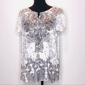 Avenue Decorative T-Shirt    266